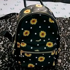 A little flower backpack